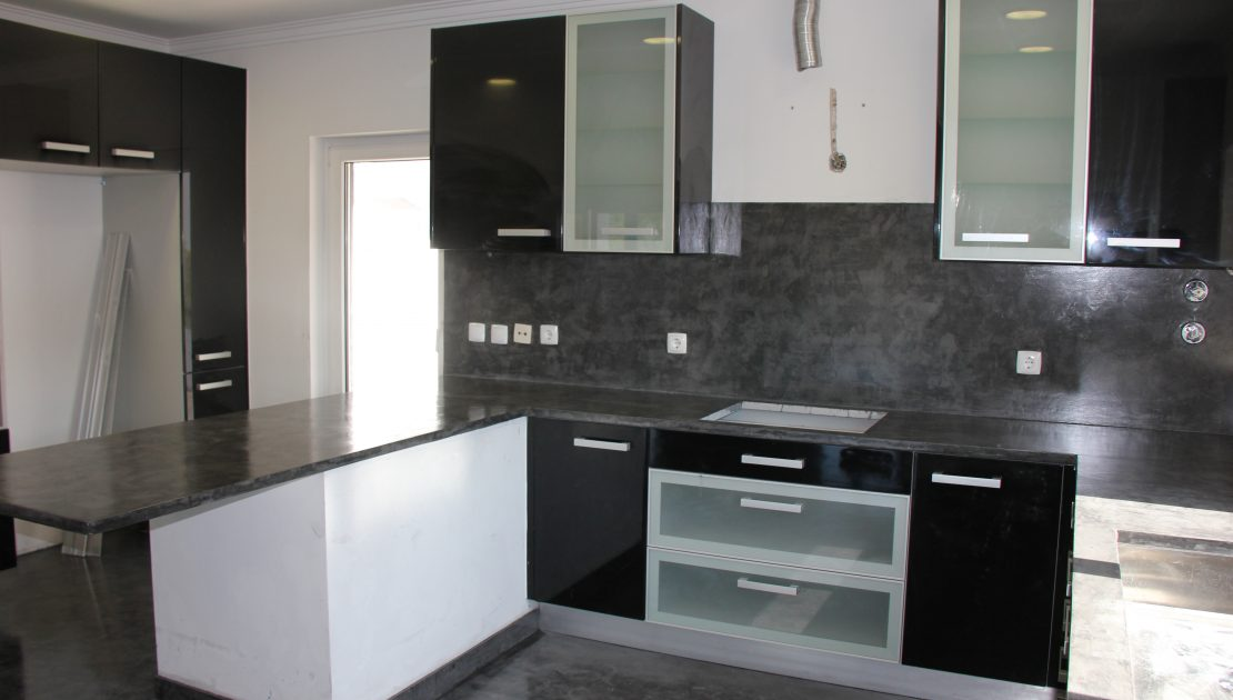 Can the Microcement be use over a kitchen countertop?